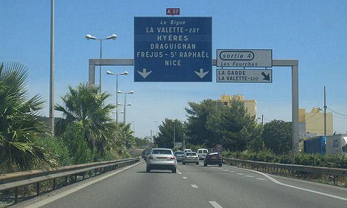 Evaluation de l'impact sanitaire de la pollution atmosphérique à Toulon et en région PACA